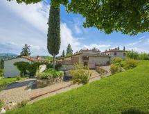 La Capriata con recepcion y jardín