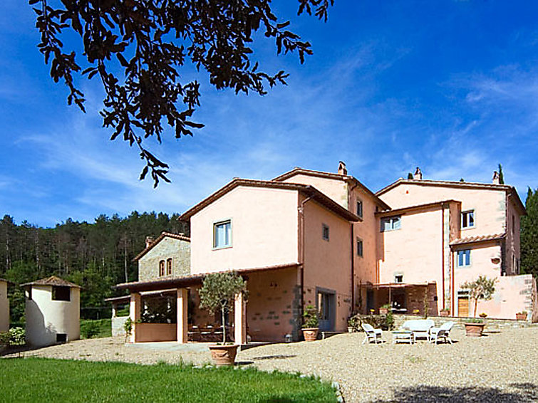 Villa La Montanina (14p) with swimmingpool and wifi in Italy (I-720)