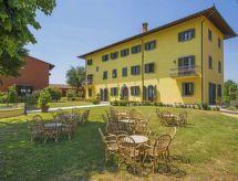 Villa Elena restaurante cercano y con cuna