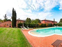 Casa nel Bosco mit Pool und Parking