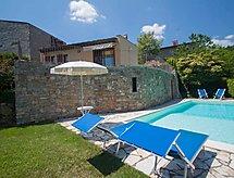 L'Abbazia tenisz és medencével