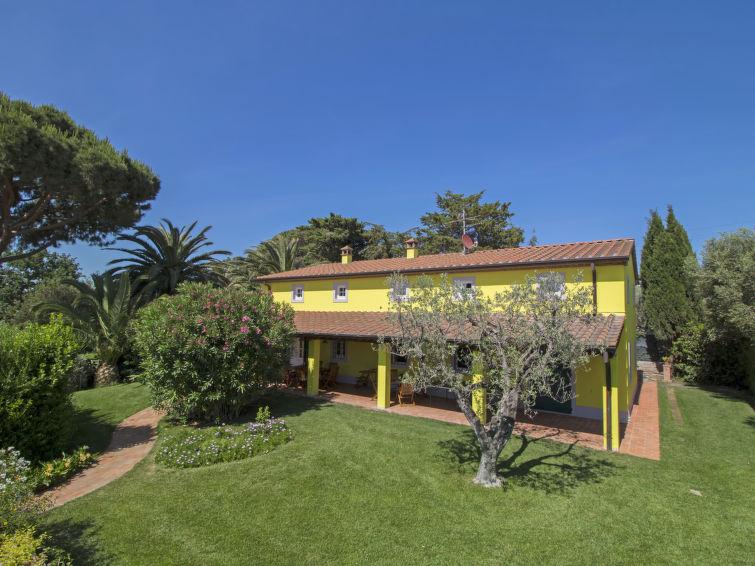 Holiday House Villa Il Pellicano In San Vincenzo It53852651