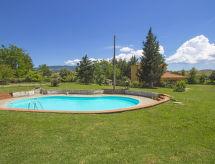 Podere San Lorenzo con ducha y piscina