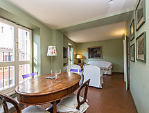 Rome: Historical City Center - Apartment Palazzo Balestra