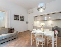 Rome: Centro Storico - Appartement Sistina A - B & C