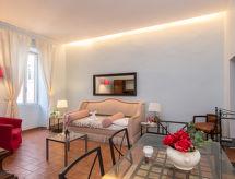 Rome: Historical City Center - Apartment Corso Central