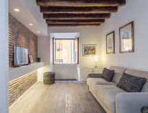 Rome: Historical City Center - Apartment Madonna dei Monti
