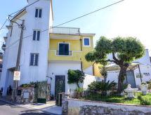 Massa Lubrense - Vacation House Primula