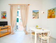 Amalfi City Center til sletter vandreture og med tv
