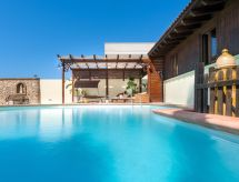 Taviano - Maison de vacances Luxury pool chalet