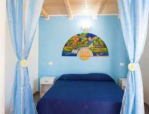Taviano - Vakantiehuis blu beach studio