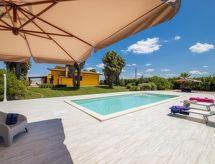 Taviano - Vakantiehuis Villa Esmeralda