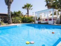 Gallipoli - Vakantiehuis villa cotriero pool