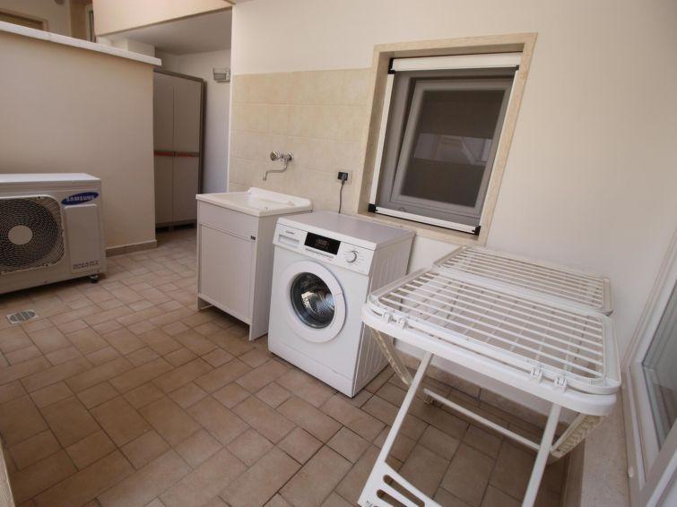 pearl apartment - 17