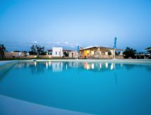 Racale - Holiday House villa trullo indipendente