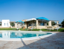 Racale - Holiday House Prestige pool trullo