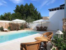 Racale - Vakantiehuis luxury courtyard studio