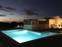 Ugento - Dom wakacyjny villa pietra pool