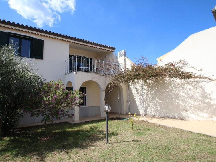 Ferielejlighed Residenza Gli Ulivi med terrasse og have