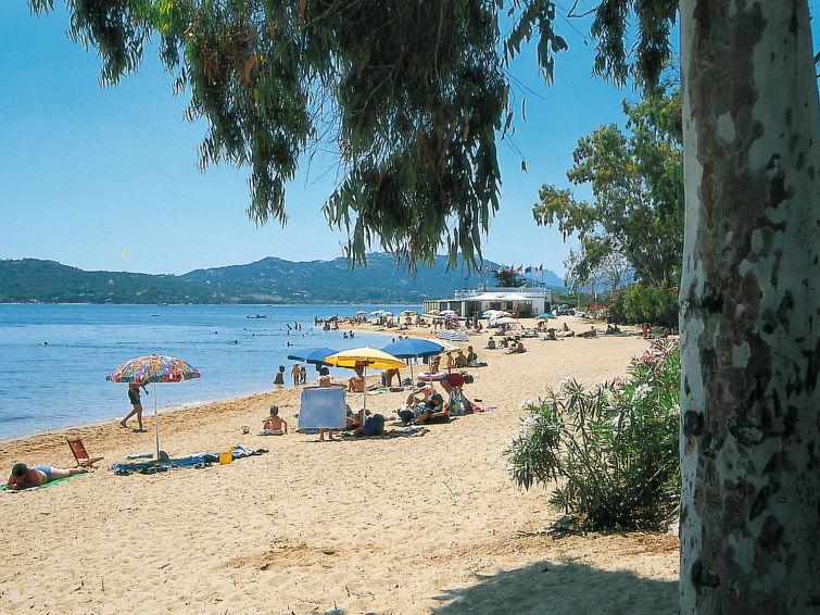 Centro Vacanze Isuledda (CNI220)