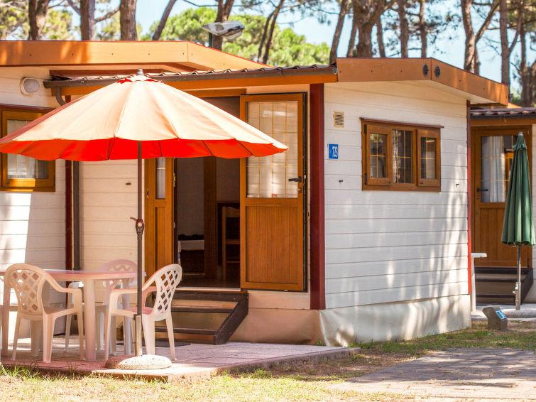 Centro Vacanze Isuledda (CNI221)