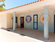 Centro Vacanze Isuledda (CNI223)