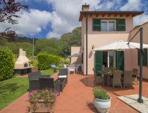 Villa Grechea con balcone und doccia
