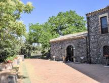 Le Cisterne dell'Etna med mikrobølgeovn og pool