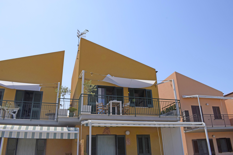 Appartamento Villaggio Centopini a Campofelice di Roccella Italia IT9810 130 1
