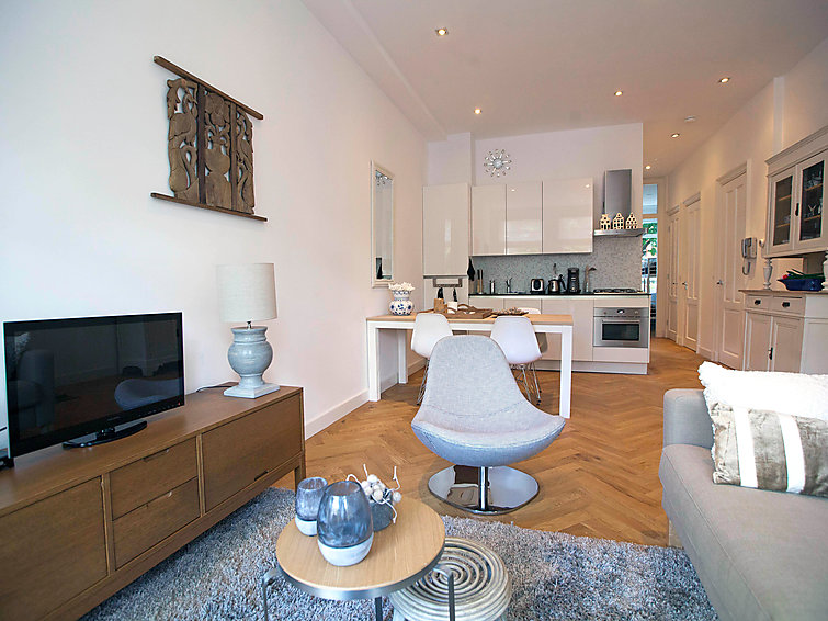 Appartement in historisch herenhuis aan de Nieuwe Prinsengracht in Amsterdam (I-113)