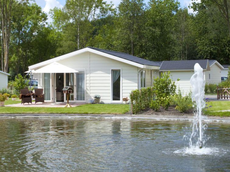Casa de vacaciones DroomPark Spaarnwoude con recepcion y tv