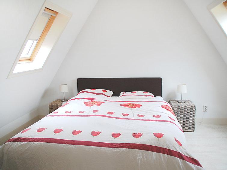 Luxe villa (6p) met houtkachel op vakantiepark Wiringherlant aan zee in Noord-Holland  (I-116)