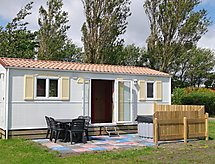 Vacation home Waddenchalet