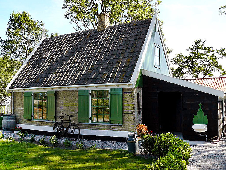 Authentic bungalow (4p) Het Vissershuys at holidaypark Wiringherlant ( BE8420.600.1 )