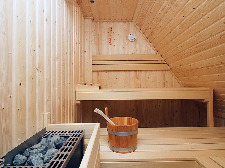 Wellness woning (6p) met sauna en bubbelbad in Colijnsplaat, Zeeland (I-114)