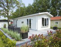 DroomPark Schoneveld con ducha y jardín