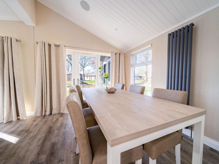 Resort De Kraaijenbergse Plassen - 2