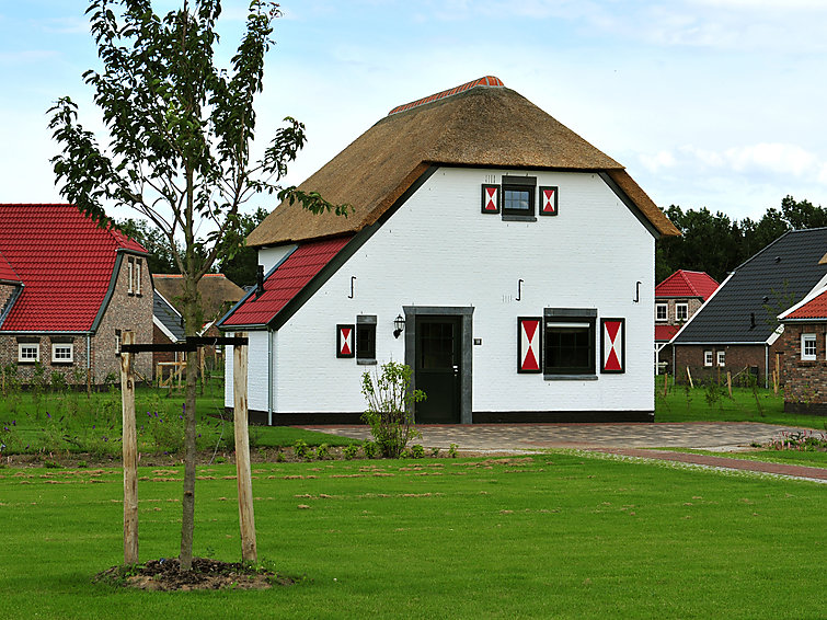 Luxurious villa (5p) with sauna at Buitenhof De Leistert with subtropical indoor pool in Limburg (NL6088.101.2 )