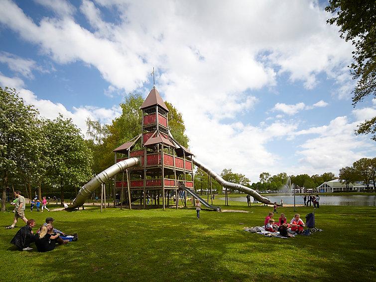 Luxe 9-persoons villa op Buitenhof de Leistert met subtropisch zwembad (NL6088.400.1 )