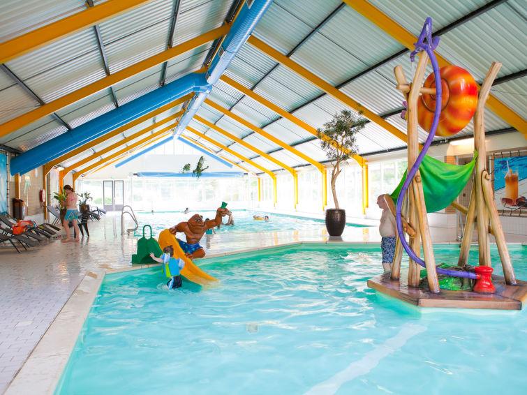 Groepsaccommodatie (10p) op Droompark Beekbergen met binnenzwembad (GB10L) (I-117)
