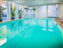 6P EE Luxe con tv y piscina