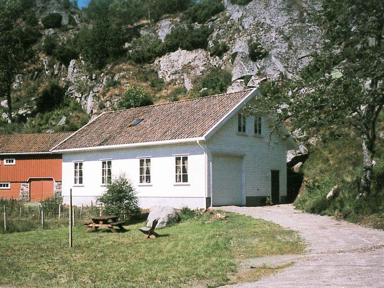 Ferienhaus Lyngdal mit Ofen und BBQ