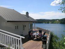 Masfjorden convista sul mare und con ristorante nelle vicinanze
