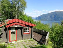 Sognefjord, Nordfjord, Sunnfjord - Holiday House Ferienhaus mit Sauna (FJS021)