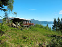 Sognefjord, Nordfjord, Sunnfjord - Holiday House Ferienhaus mit Sauna (FJS022)