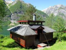 Sognefjord, Nordfjord, Sunnfjord - Vakantiehuis Balestrand (FJS036)