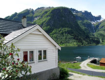 Sognefjord, Nordfjord, Sunnfjord - Maison de vacances Vik (FJS615)