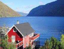 Sognefjord, Nordfjord, Sunnfjord - Vakantiehuis Arnafjord (FJS604)