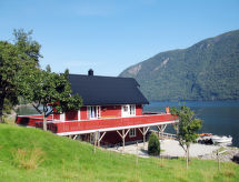 Sognefjord, Nordfjord, Sunnfjord - Vakantiehuis Arnafjord (FJS607)