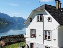 Sognefjord, Nordfjord, Sunnfjord - Vakantiehuis Luster (FJS203)